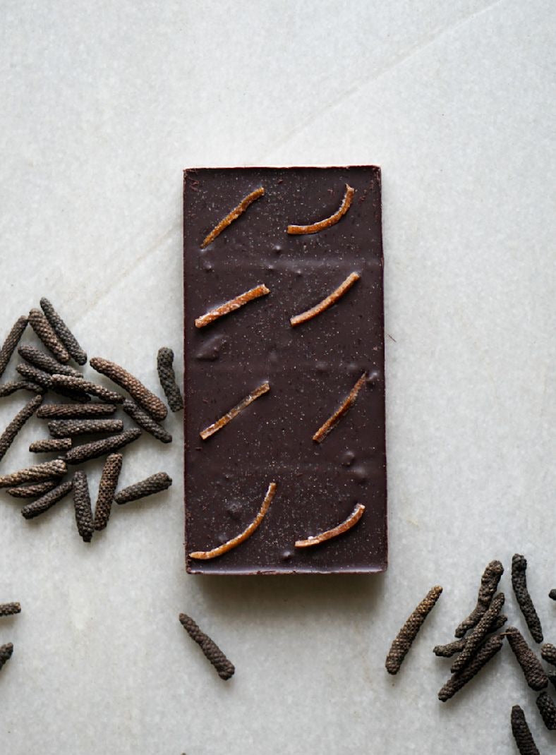 NAVILUNA 72% Longum Pepper Lime & Orange Chocolate Bar