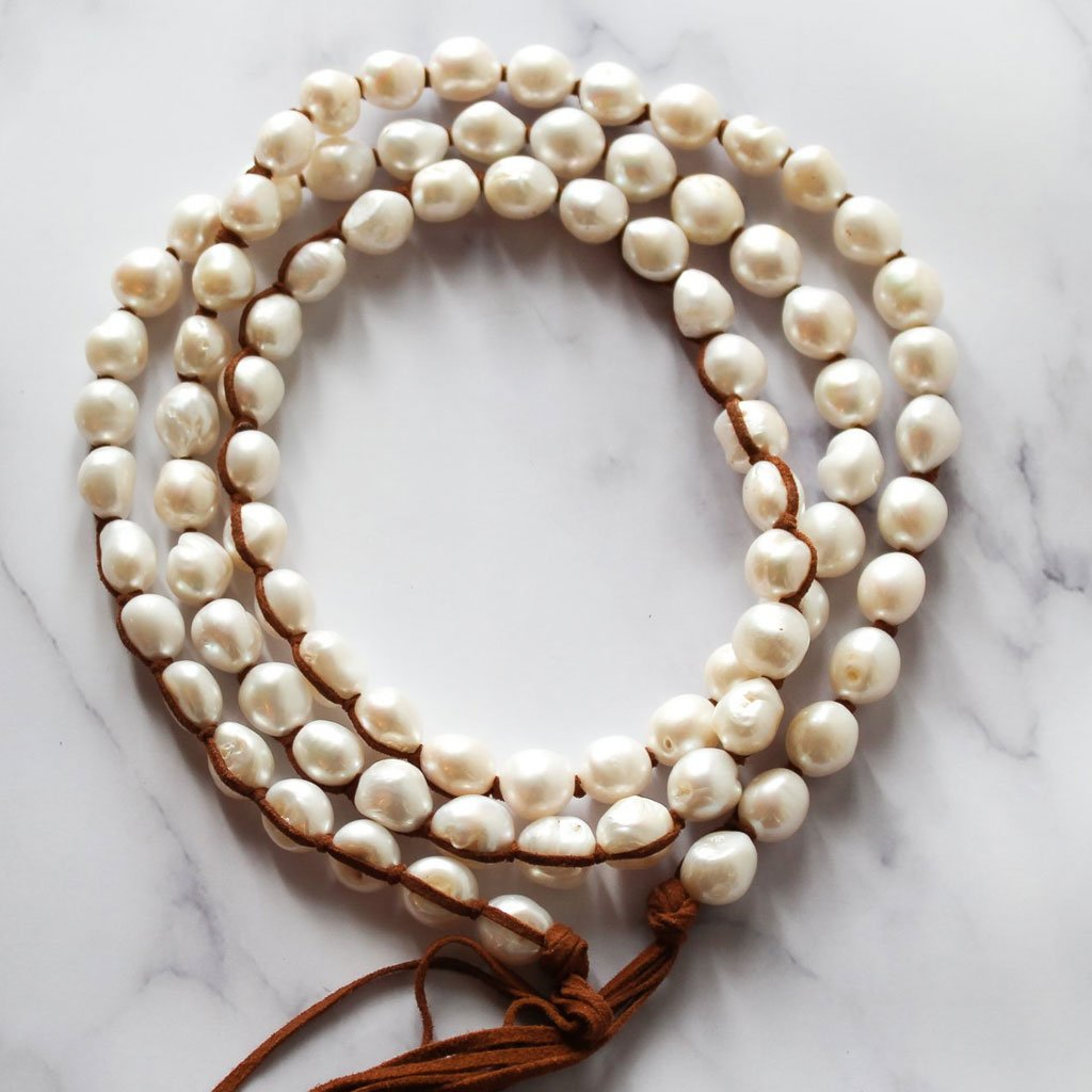 Classic Boho Pearl Necklace