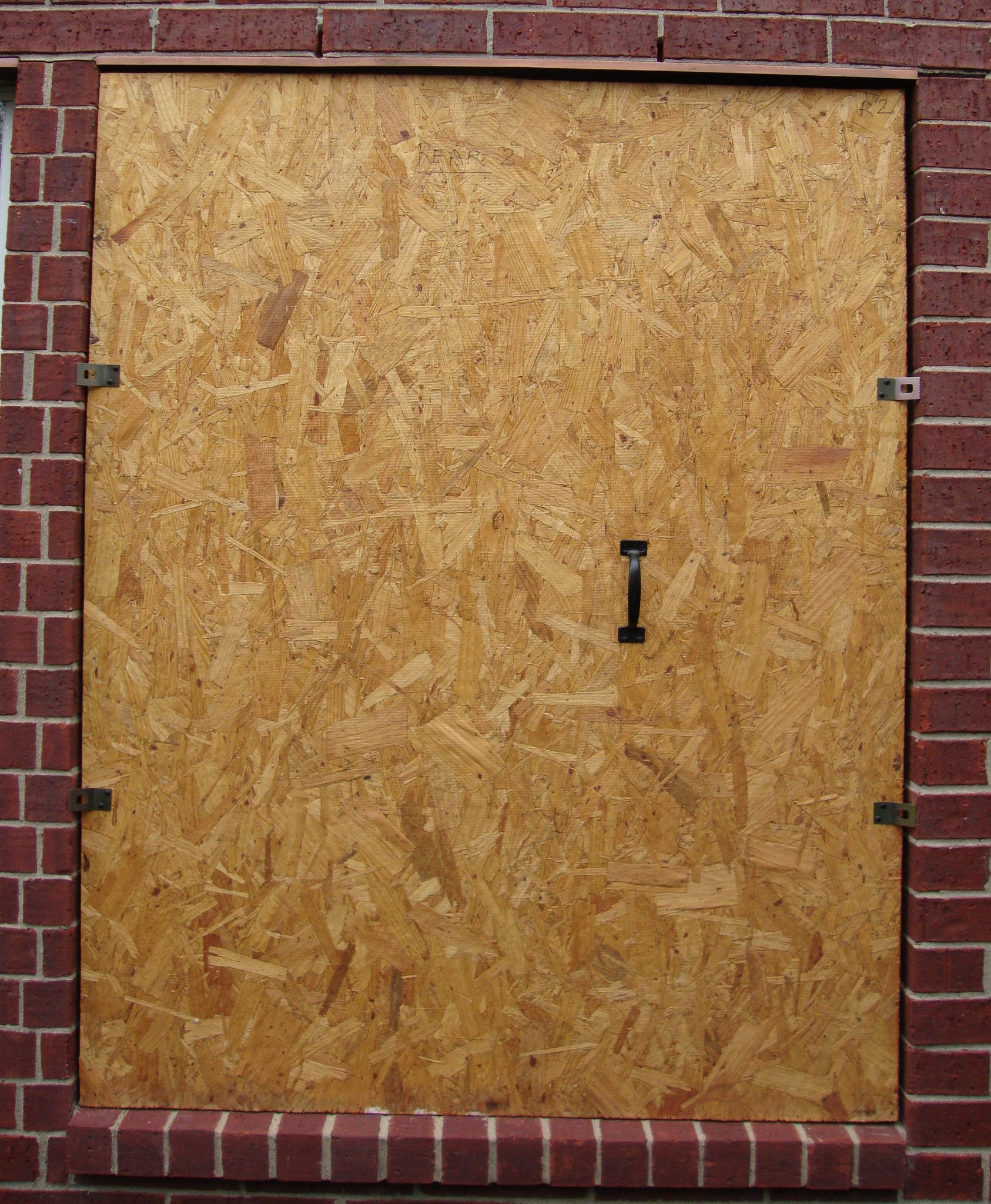 """Universal Hurricane Window Protection Clip One-Size-Fits 1//2/"""" to 3//4/"""" Plywood"""
