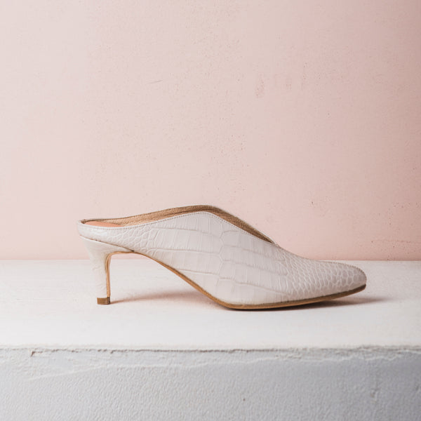 BILLIE MULES Cream croc