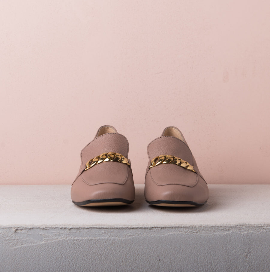 FRANCIS Gold chain loafers Pudra