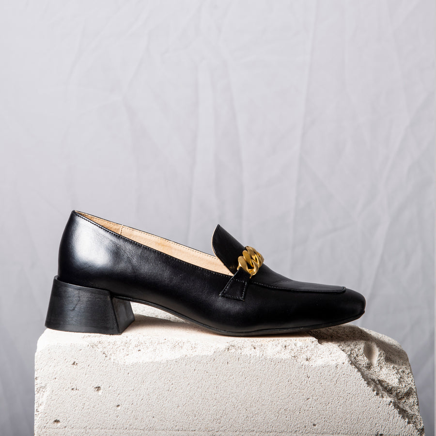 FRANCIS Black Gold chain loafers