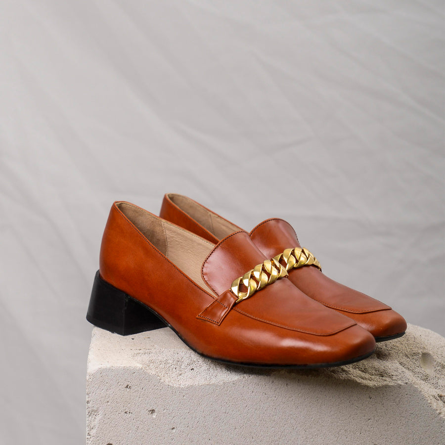 FRANCIS Ginger Brown Gold chain loafers