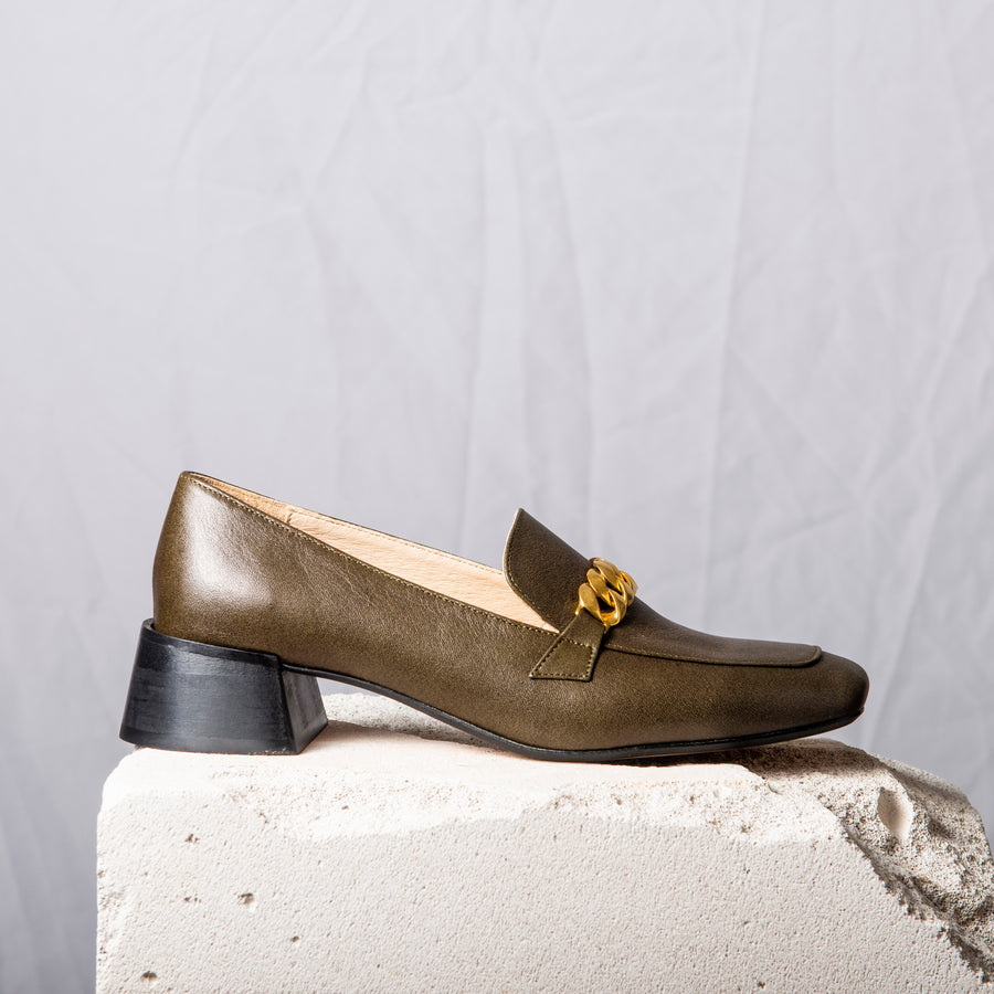 FRANCIS Olive Green Gold chain loafers