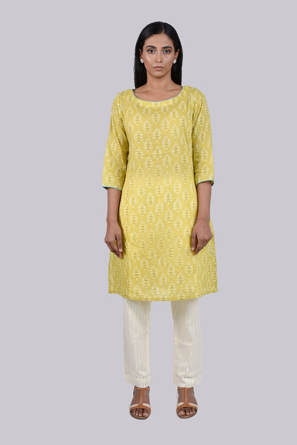 Green Boota Print Kurta With Blue Dori