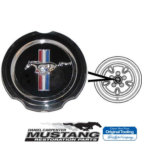 1970 1971 1972 1973 Mustang w/Simulated Mag Wheel Hubcaps Emblem - Daniel Carpenter