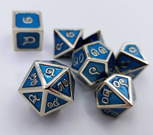 Thai Metal Blue Silver Dice (Talis Evolvere)
