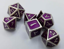 Load image into Gallery viewer, Arabic Metal Purple Silver Dice (Talis Evolvere)
