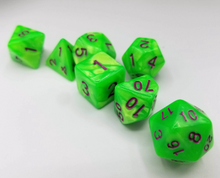 Load image into Gallery viewer, Bright Green Pearl Dice Set
