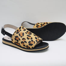 Load image into Gallery viewer, MUMMA LEOPARD SLIDE (SALE) Last size 40