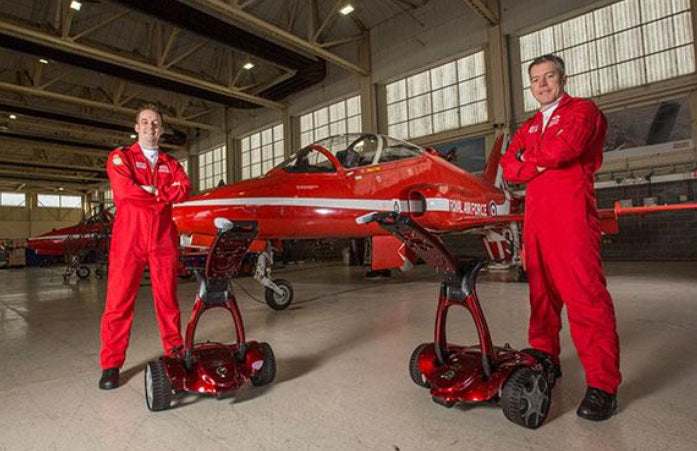 Watch the Red Arrows receive their Stewart Golf trolleys