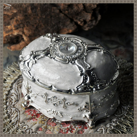 emannashop.com - Vintage Luxury Jewelry Trinket Box