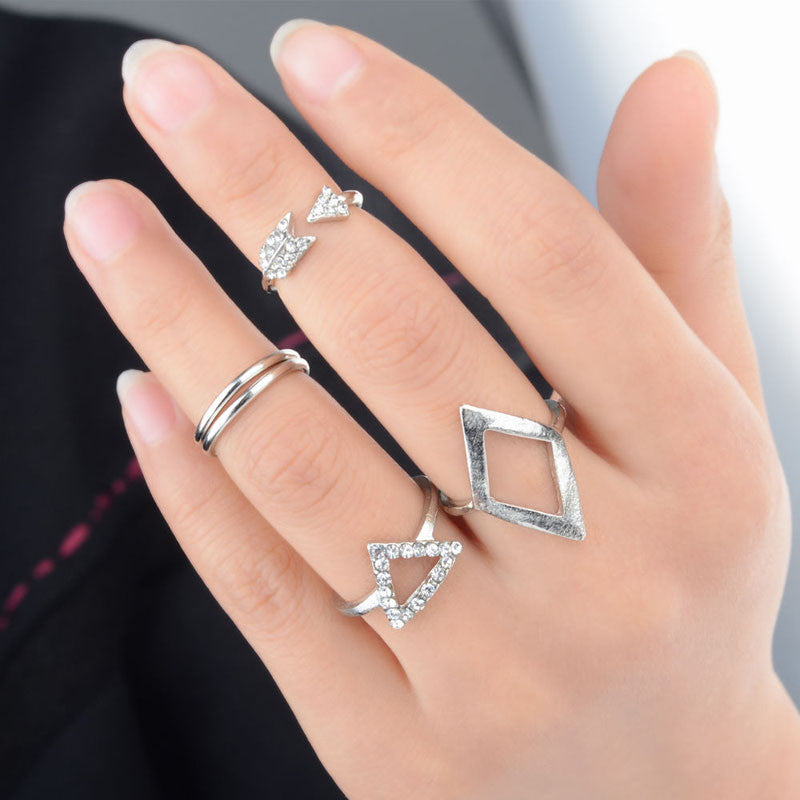 Women Arrow Diamond Ring Triangle Joint  Knuckle Ring Set of 5 Rings Gold
