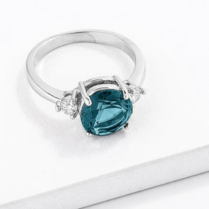 Exquisite Blue Green Three Stone CZ Engagement Ring - Jewelry Xoxo