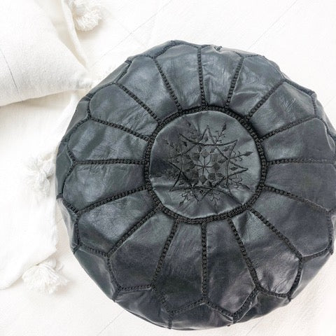 MOROCCAN LEATHER POUFFE IN BLACK