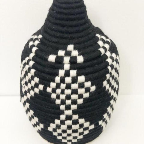BERBER BREAD BASKET IN MONOCHROME NO.3