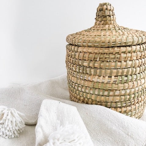 BERBER BREAD BASKET IN NATURAL REED