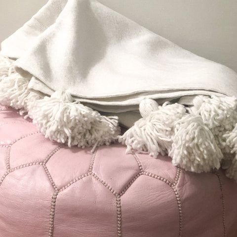 MOROCCAN LEATHER POUFFE IN SOFT PINK