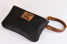 Worn Saddle/Matte Black Wristlet