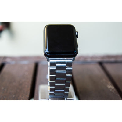 Silver Classic Stainless Steel Apple Watch Band - OzStraps New Zealand
