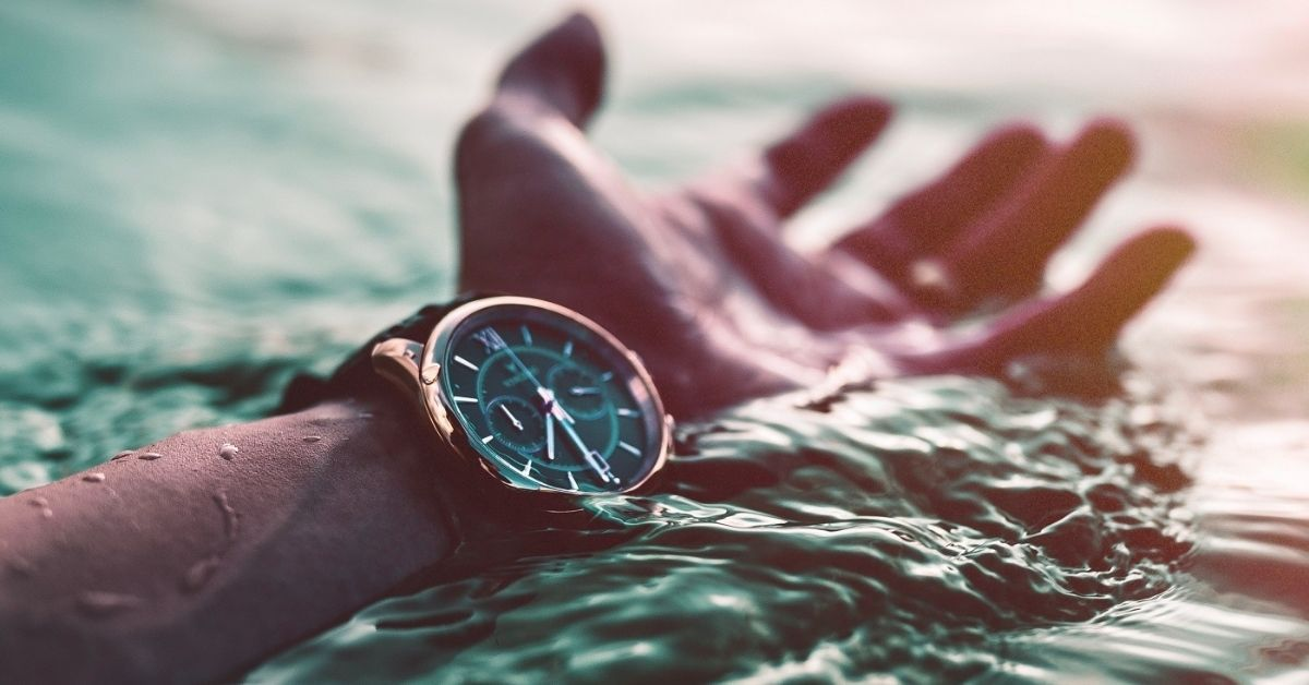 Luxury Classic Diver Watches for Men | Watches & Crystals