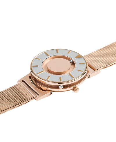 Eone Bradley Rose Gold Mesh - Watches & Crystals