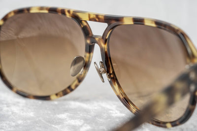 Kris Van Assche Sunglasses Tortoise Shell with Brown Graduated Lenses Category 2 - KVA20C1SUN - Watches & Crystals