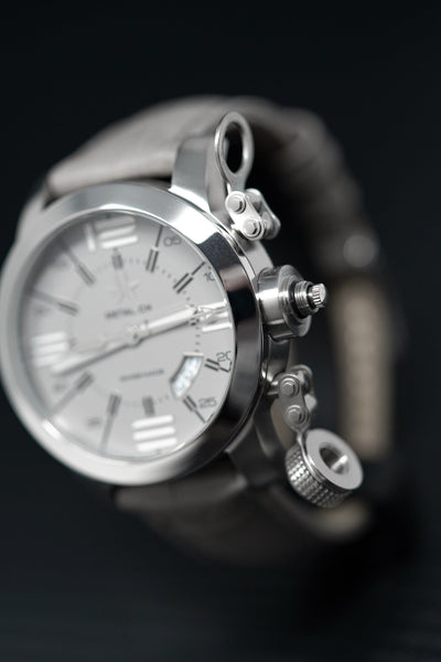 Metal.CH Initial 44MM Date Grey - Watches & Crystals