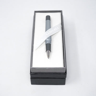 Visconti Opera Metal Rollerball Pen Silver Shadow 738RL00 - Watches & Crystals
