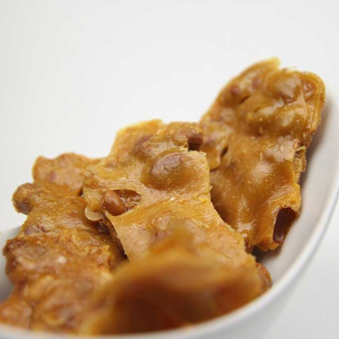 Peanut Brittle (12oz)