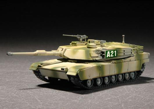 Trumpeter Military Models 1/72 M1A2 Abrams Main Battle Tank Kit