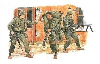 Dragon Military 1/35 US Marines TET Offensive 1968 (4) Kit