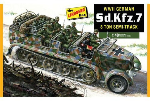 Lindberg Military 1/40 German SdKfz7 8-Ton Halftrack Kit