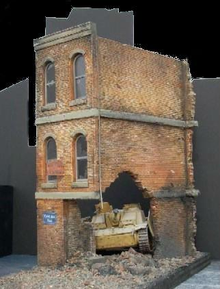 Dioramas Plus 1/35 Ruined Small 3-Story Brick Apartment Building Kit