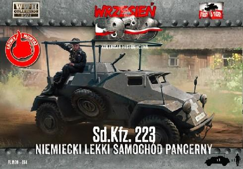First To Fight 1/72 WWII SdKfz 223 German Light Armored Car Kit
