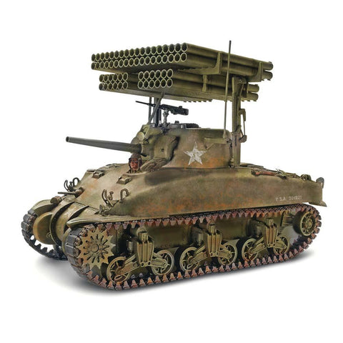 Revell Monogram Military Models 1/32 Sherman M4A1 Screamin' Mimi Kit