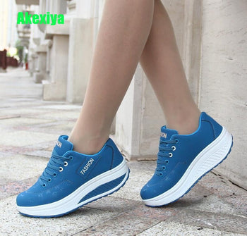 Akexiya Women Sneakers Breathable Waterproof Wedges Platform Vulcanize Shoes