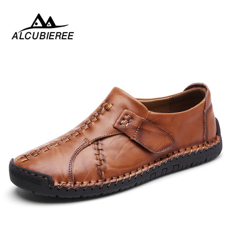 2020 New Genuine Leather Loafers Men Moccasin Slip On Sneakers Flat High Quality Causal Men Shoes Adult Male Footwear Boat Shoes