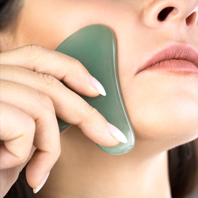 Beauty By Earth Jade Gua Sha Lasta