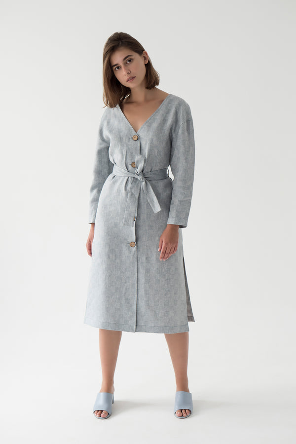 summer linen coat with bamboo buttons