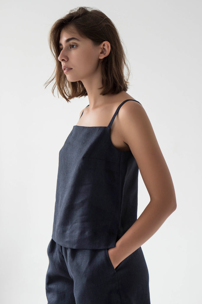 Square neck linen cami top in NAVY - Fabrika