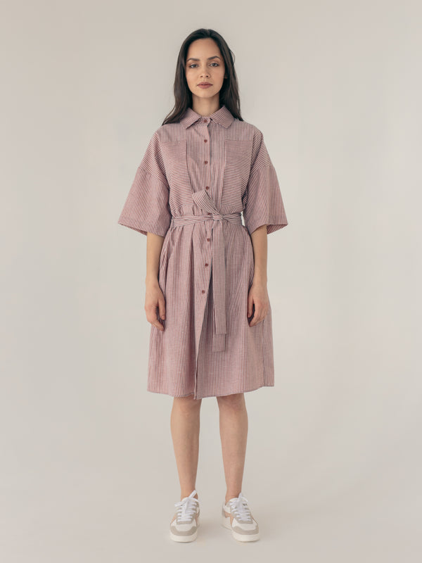 Loose fit midi length button-down short-sleeve shirt dress for women