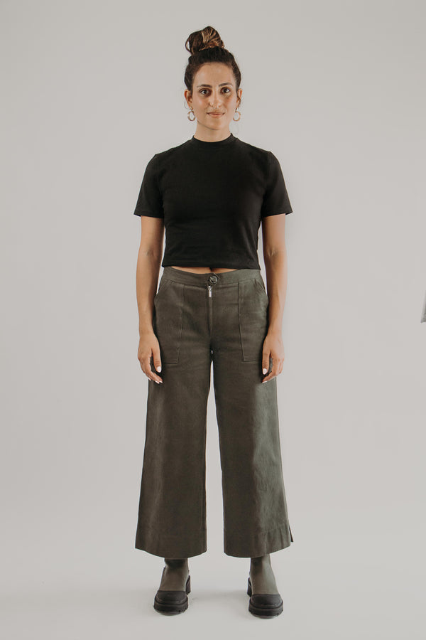 Wide Leg Pants in KHAKI - Fabrika