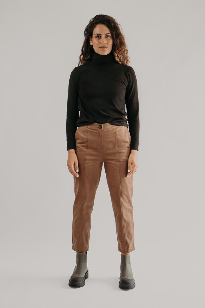 Long sleeve turtleneck top in BLACK - front view
