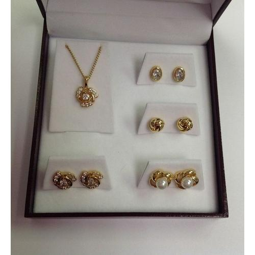 Five Piece Set in Gift Box Gold