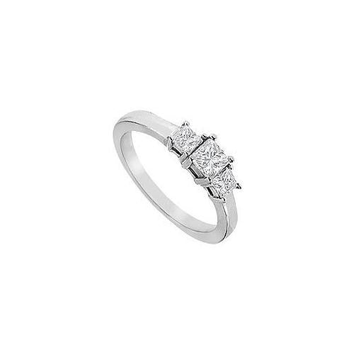 Three Stone Diamond Engagement Ring : 18K White Gold - 1.00 CT Diamonds