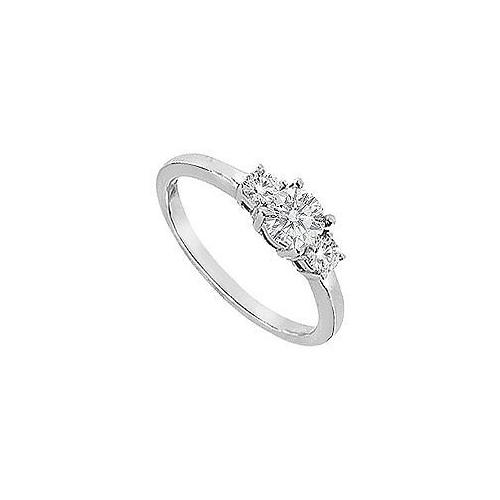 Three Stone Diamond Engagement Ring : 18K White Gold - 0.75 CT Diamonds