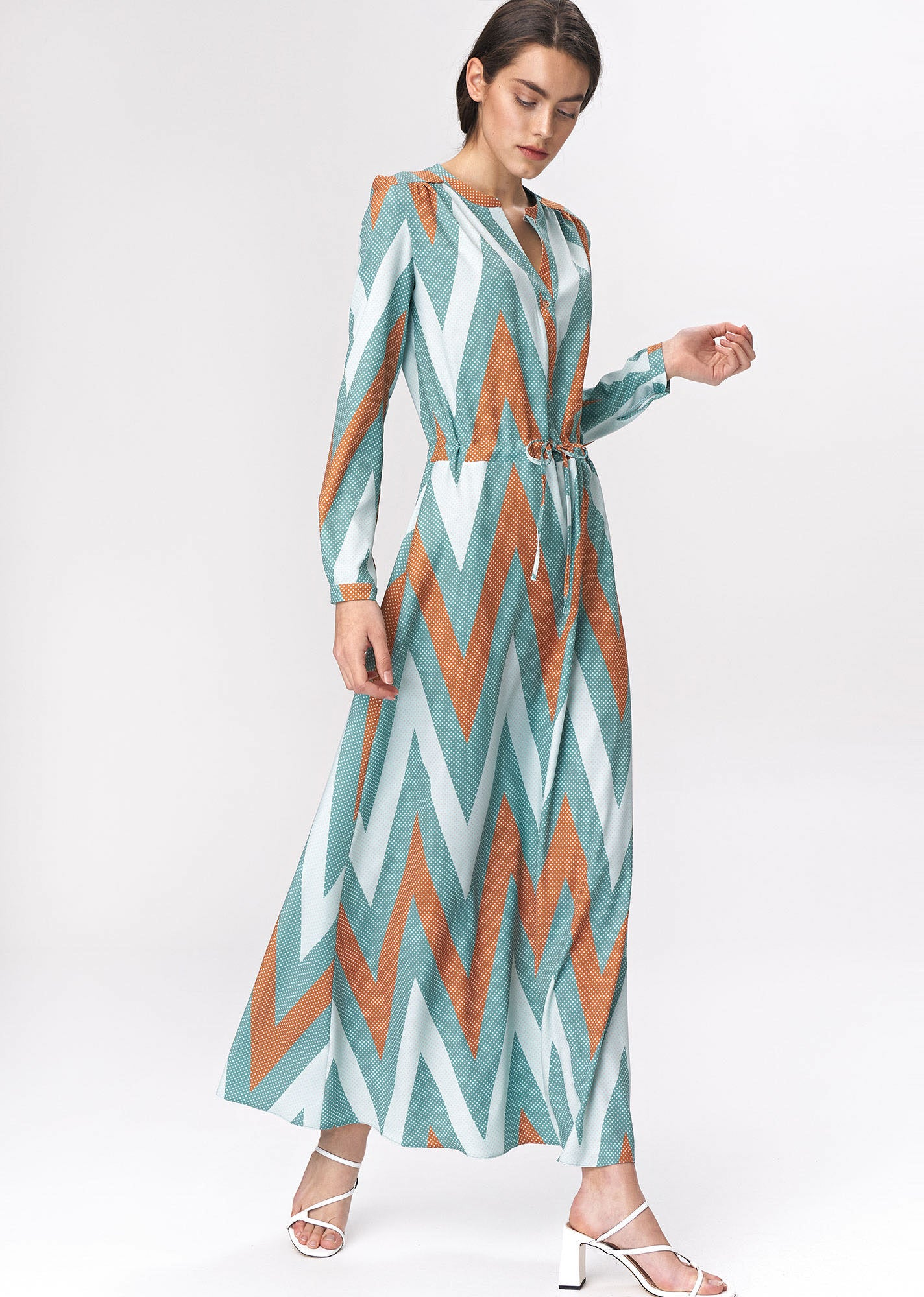 Robe Maxi Fluide Imprimee Manches Longues Serree A La Taille Mademoiselle Grenade