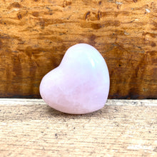 Load image into Gallery viewer, Rose Quartz Crystal Heart