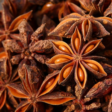 Anise Star Essential Oil    Therapeutic Grade